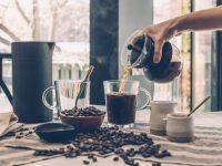čierna káva